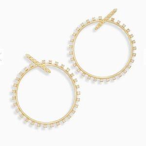Charlie Grace Hoop Earrings In Gold